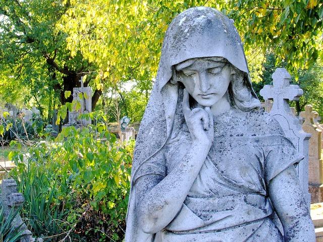 Co wiemy o Święcie Zmarłych? Wszystkich Świętych, Wszystkich Zmarłych - Zaduszki