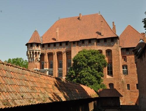 Archeolog: krzyżackie zamki są wciąż pełne tajemnic