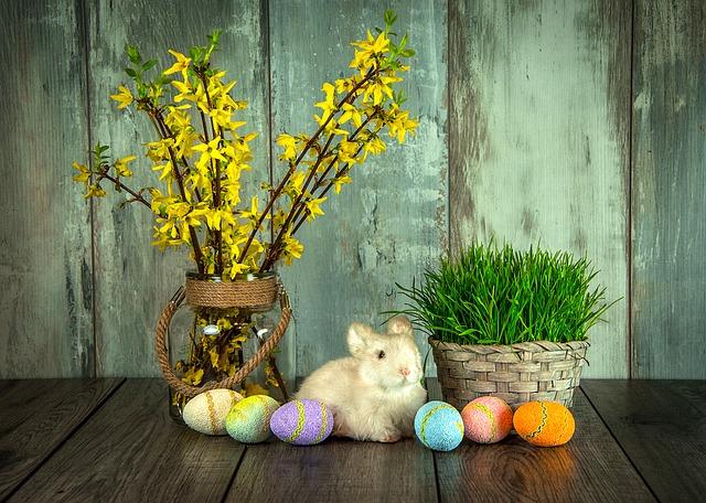 Symbolika Wielkanocna - palmy, baranek, zając i jajka